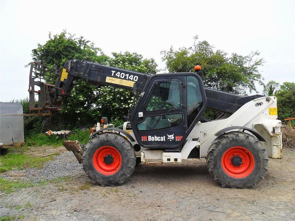 52_2002-bobcat-t40140